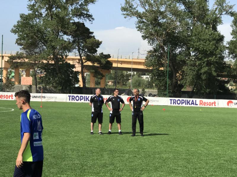 Kombëtarja U15 mbajti stërvitjen e parë në Durrës