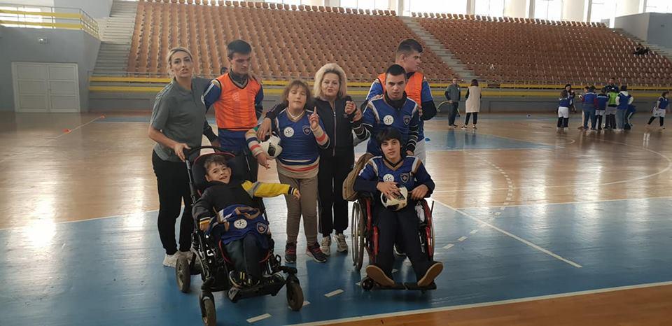 """Në Gjilan u mbajt aktiviteti """"Të gjithë jemi të barabartë"""" me fëmijët me nevoja të veçanta"""
