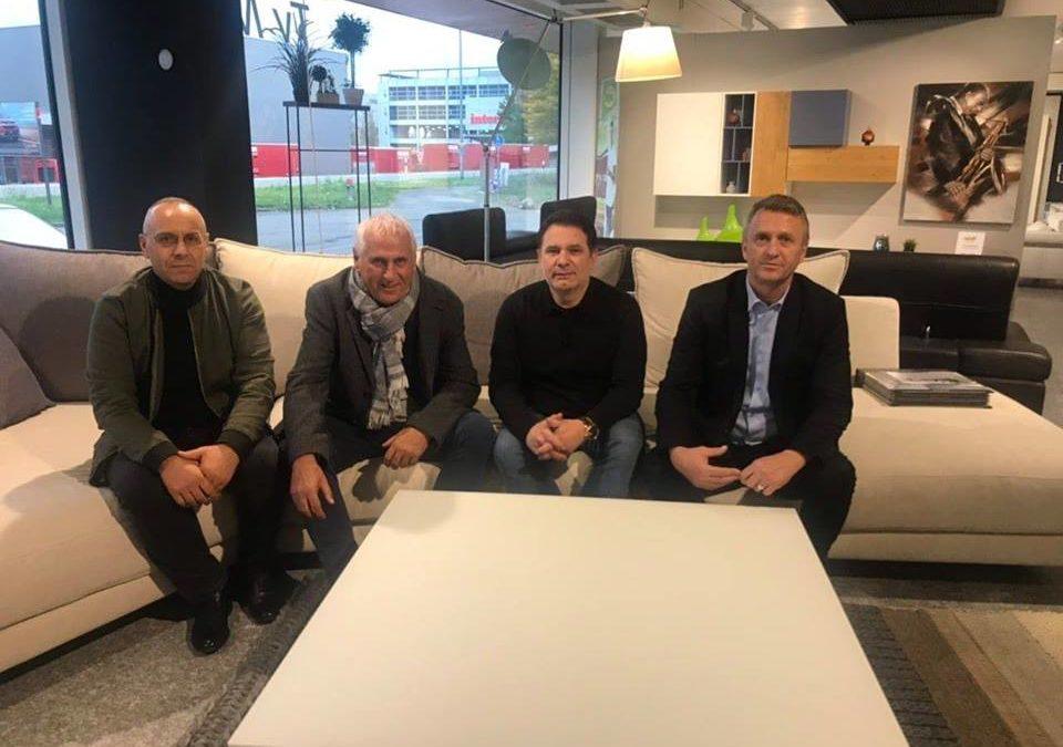 Krerët e FFK-së vizituan përzgjedhësin Bernard Challandes