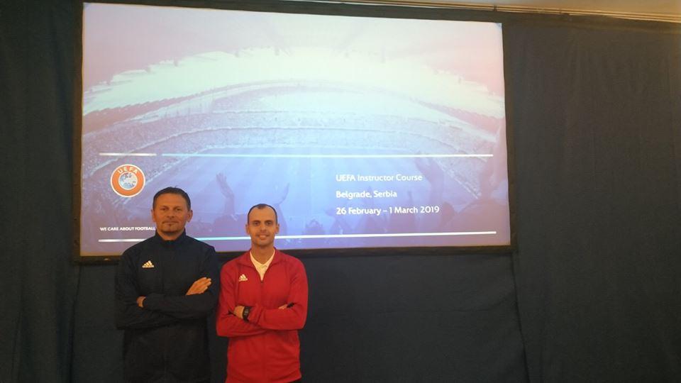 Instruktori i Fitnesit dhe menaxheri i gjyqtarëve po marrin pjesë në seminarin e UEFA-së në Beograd