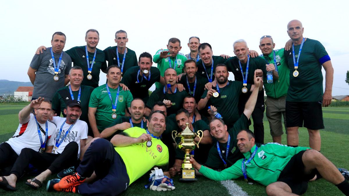 Veteranët e Mitrovicës fitues të Kupës së Kosovës