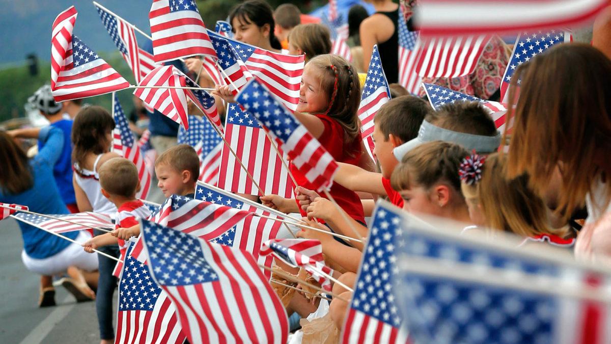 Presidenti Ademi uron popullin amerikan për Ditën e Pavarësisë