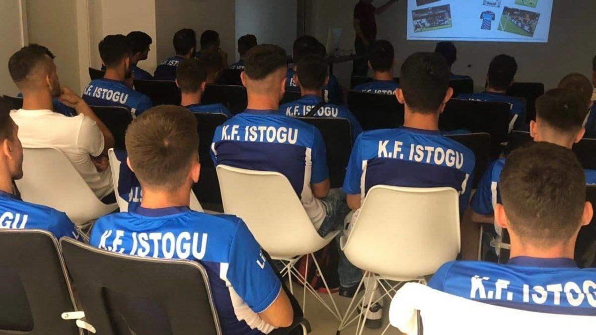 """Mbahen ligjërata me klubet kundër kurdisjes së ndeshjeve, promovohet broshura """"Ta ruajmë integritetin e garave"""""""