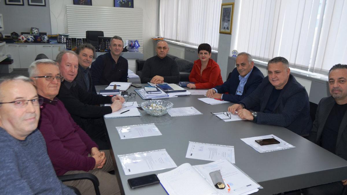 KE i FFK-së mbajti mbledhjen e parë me përbërjen e re