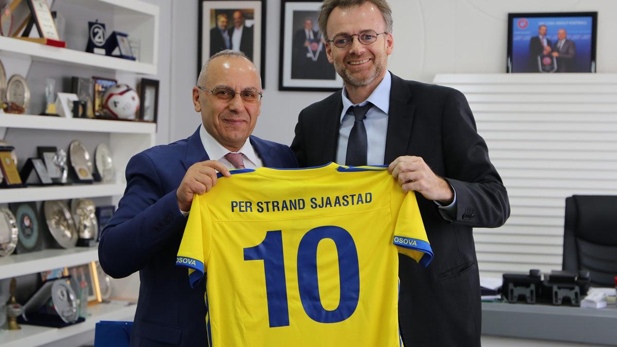 Presidenti Ademi priti ambasadorin norvegjez, Per Strand Sjaastad