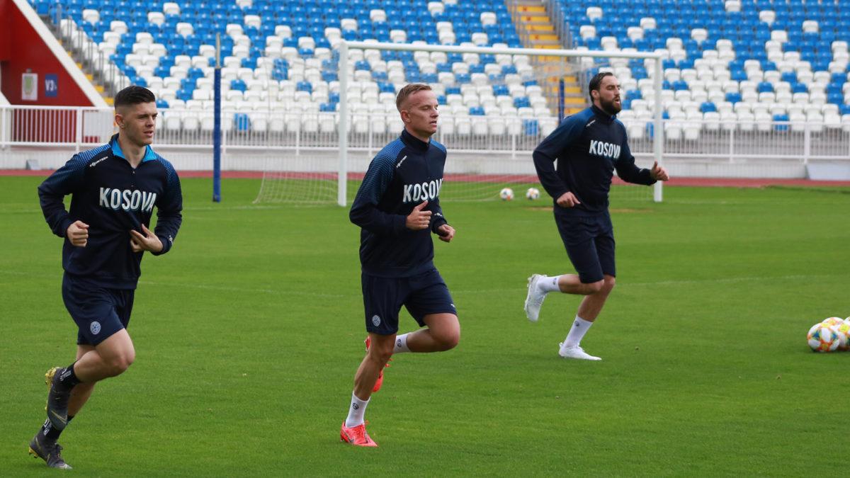 Pesë futbollistë nisin stërvitjet për ndeshjet e qershorit