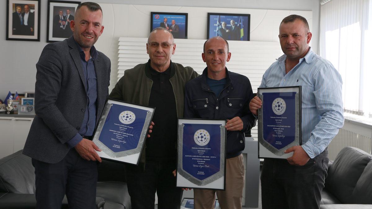 Presidenti Ademi priti drejtuesit e tri klubeve që u promovuan në rang më të lartë të garave