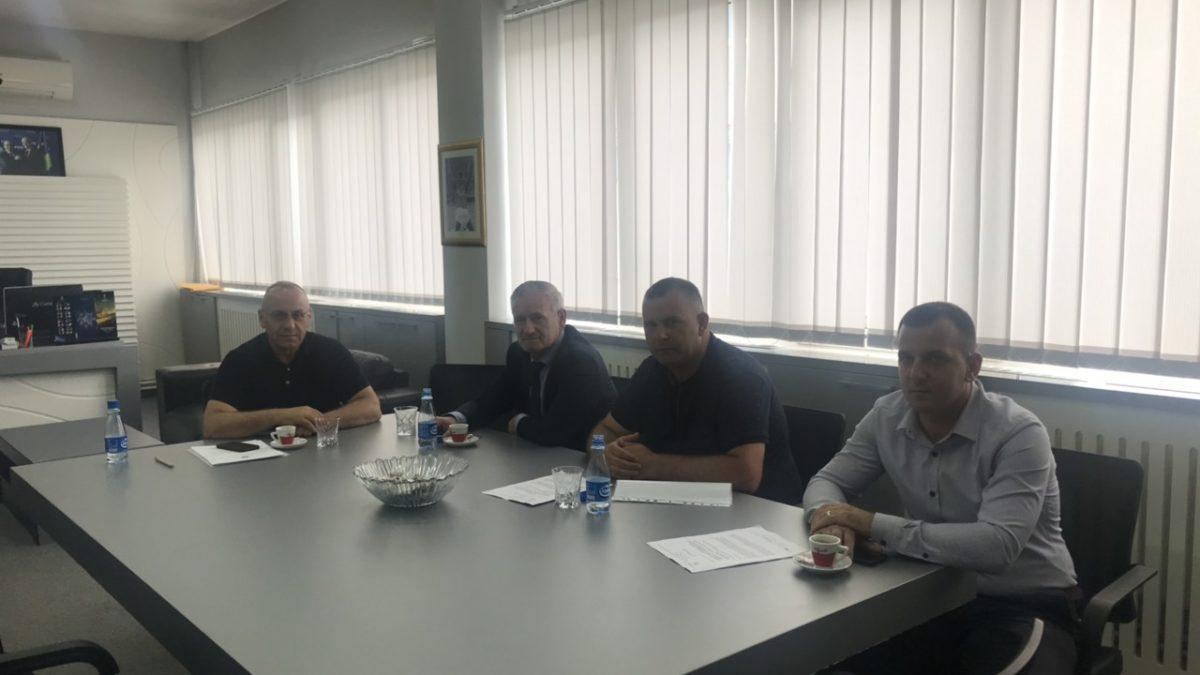 """Presidenti Ademi priti kryetarin e Klinës dhe kryetarin e KF """"Dukagjini"""""""