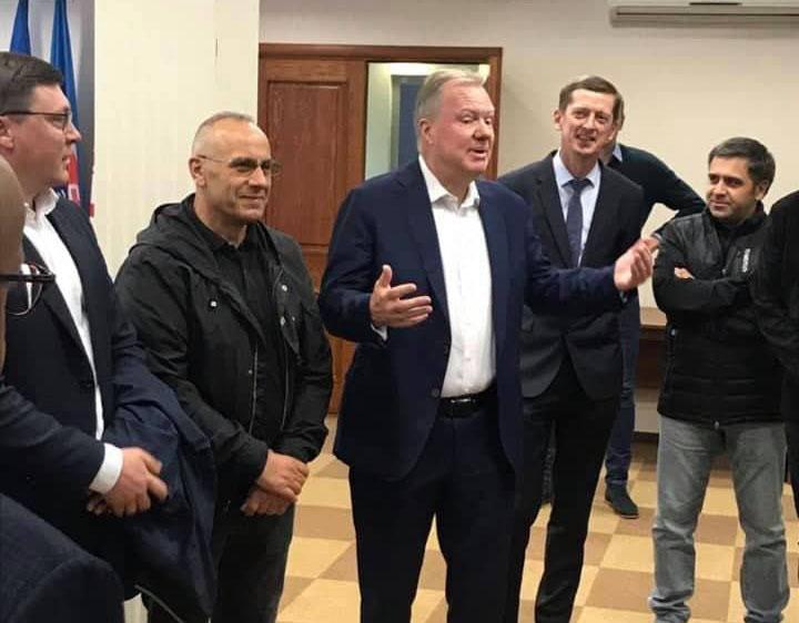 Presidenti Ademi vizitoi Qendrën Kombëtare Sportive të Bjellorusisë