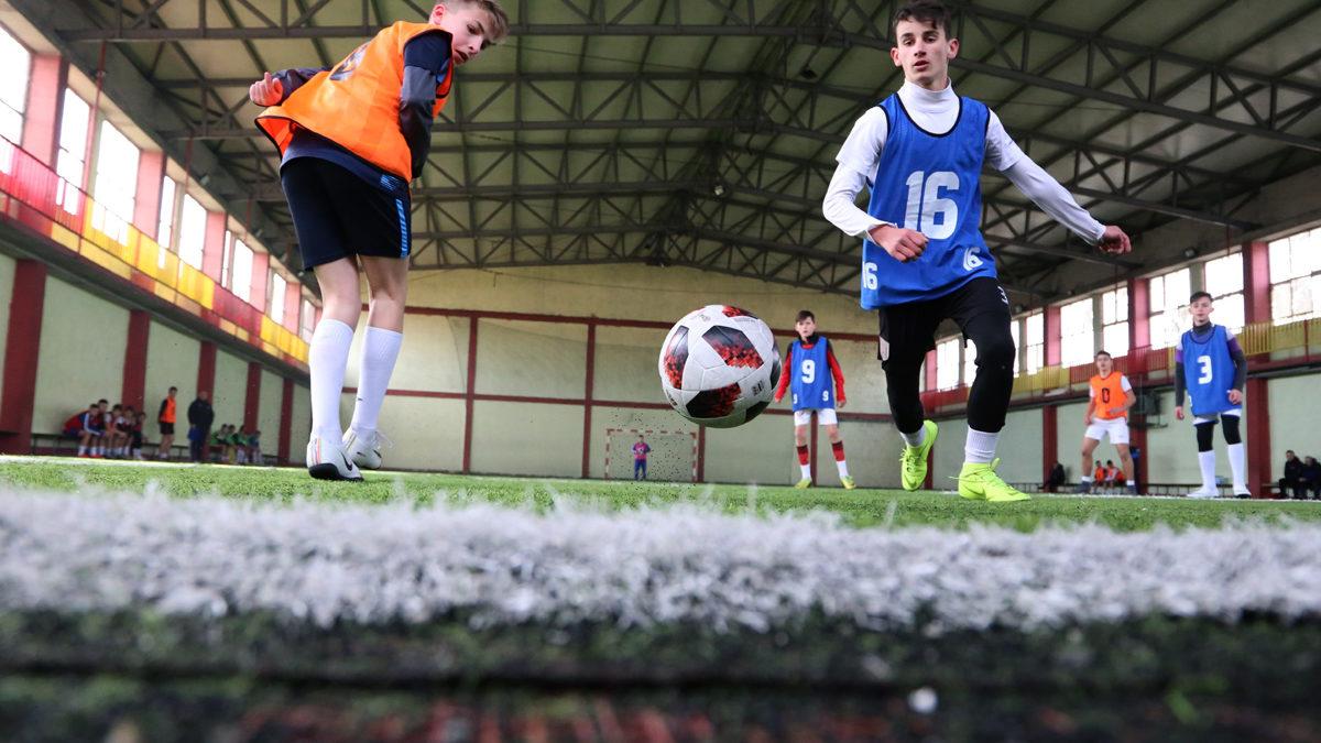 """""""Elite Youth"""", mbahet grumbullimi i parë në Gjakovë"""