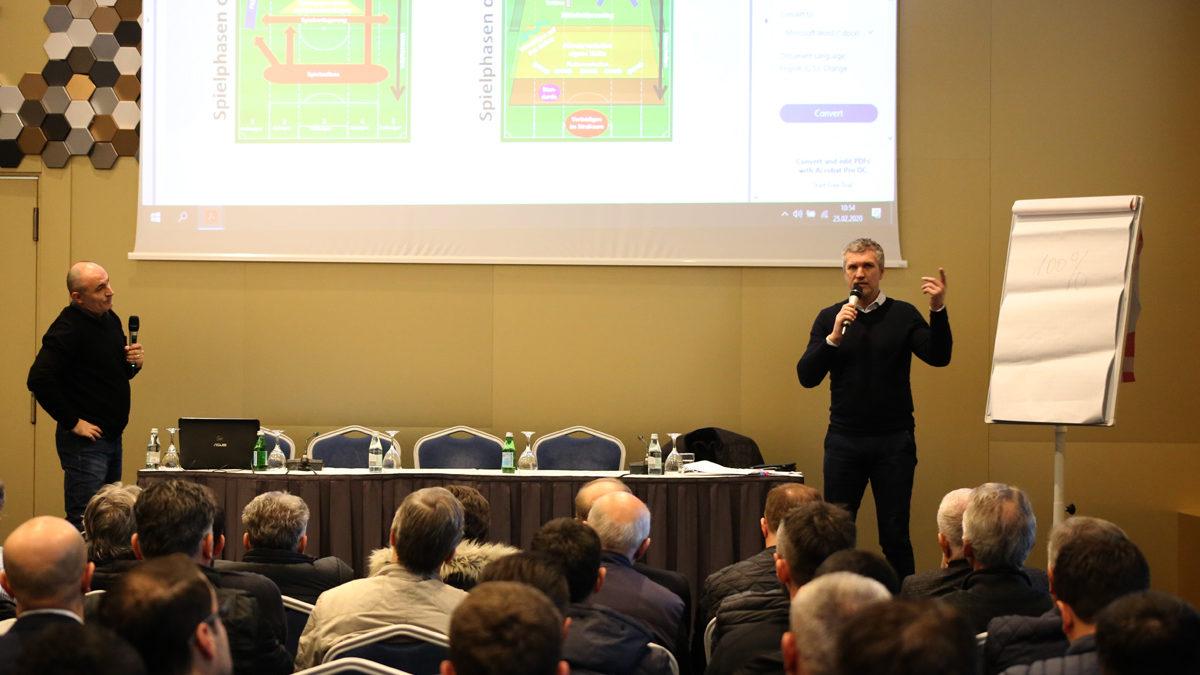 German lecturer Thomas von Heesen holds a workshop for coaches