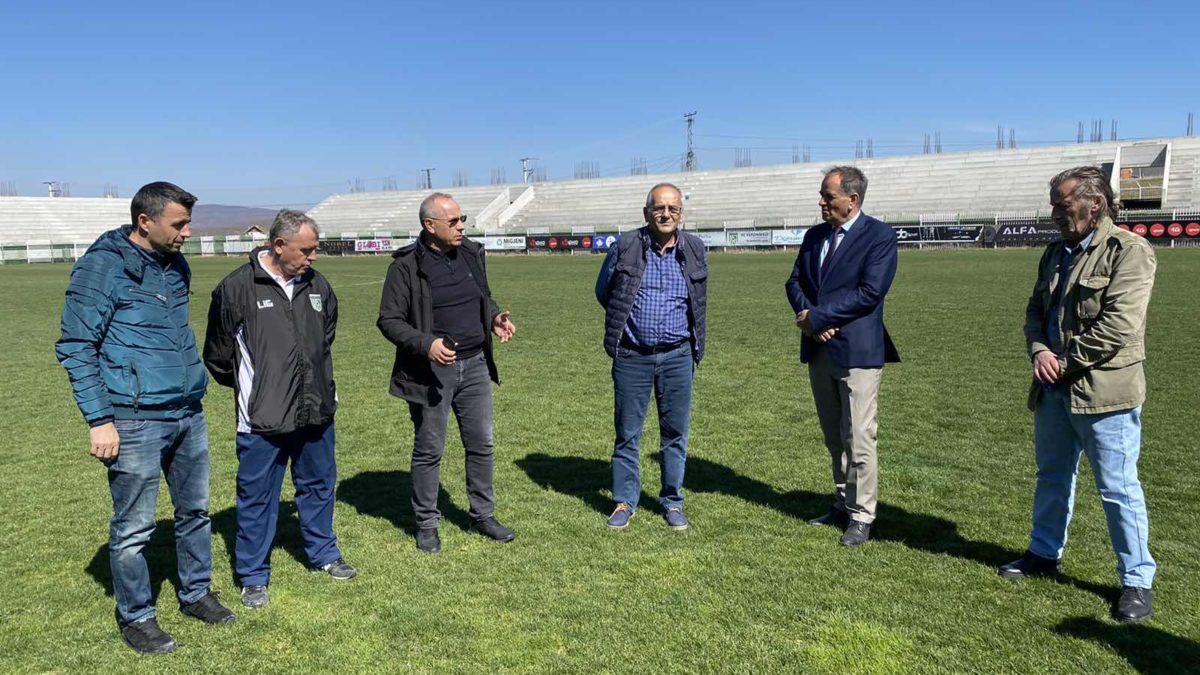 Presidenti Ademi vazhdoi vizitat në Lidhjet Rajonale