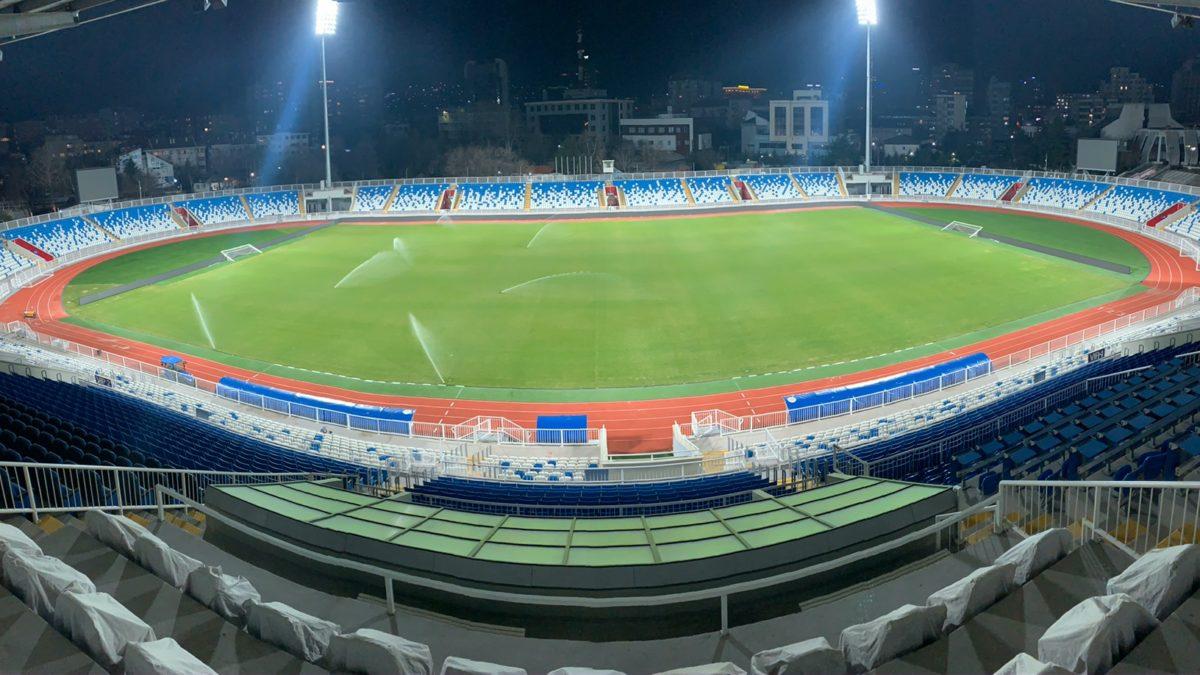 """Testohen edhe reflektorët, stadiumi """"Fadil Vokrri"""" i gatshëm për Dardanët"""